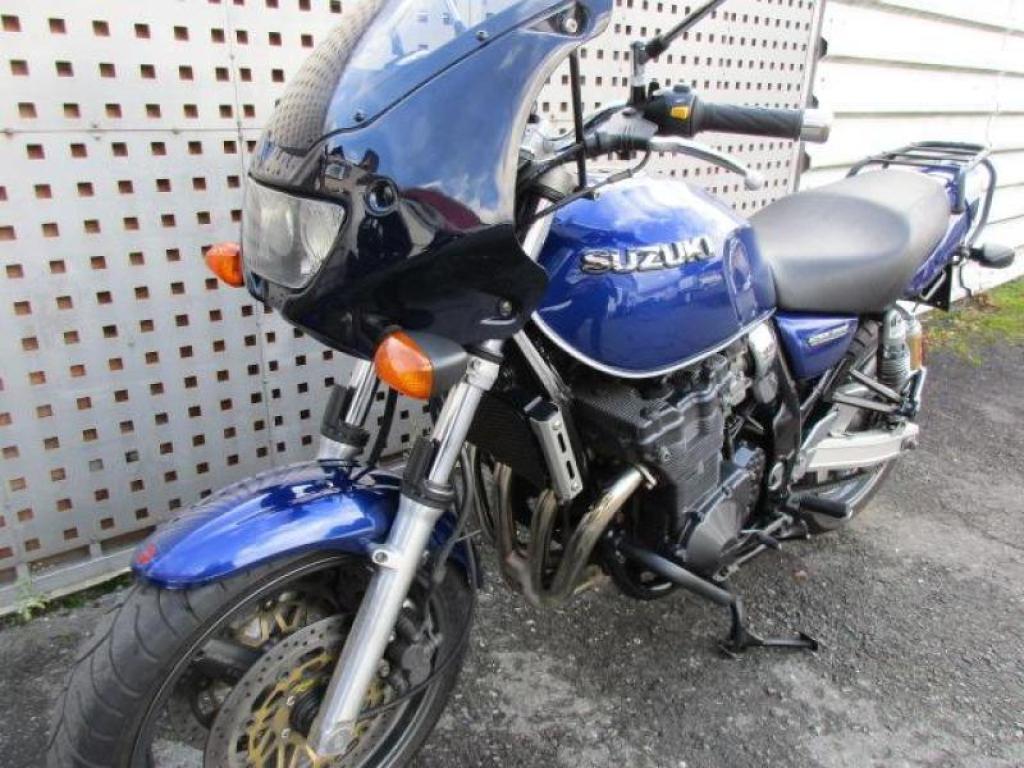 Suzuki GSX 750 AE Bj. 07/2002 : Biete